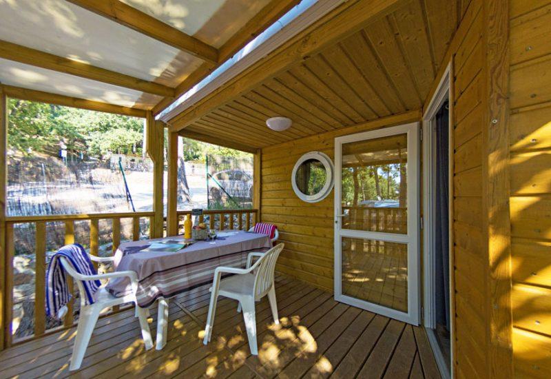 Campingplatz Les Playes: Mobilheim Garrigue Außenansicht