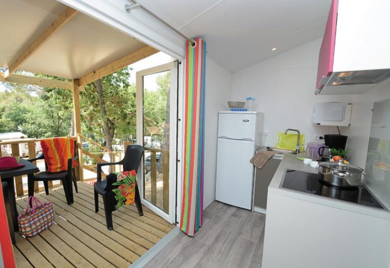 Les Playes Campsite Lounge Lavender Mobile Home