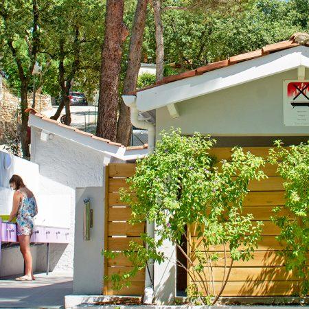 Camping Les Playes : Sanitair Les Playes
