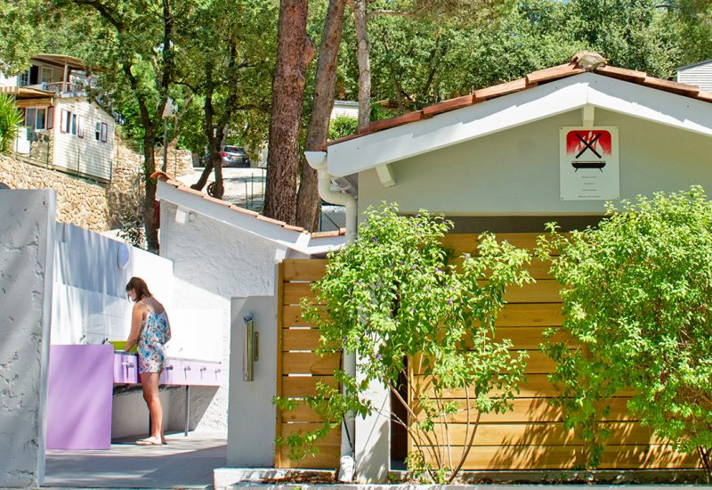Campingplatz Les Playes: Sanitäranlagen Les Playes